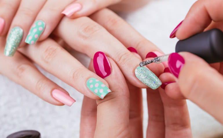 Resultado de imagem para manicure